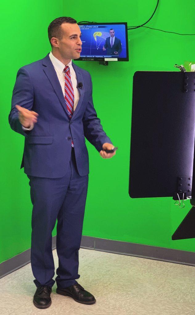 "Nicholas Merianos '14, <g class=""gr_ gr_3 gr-alert gr_gramm gr_inline_cards gr_run_anim Grammar only-ins doubleReplace replaceWithoutSep"" id=""3"" data-gr-id=""3"">broadcast</g> meteorologist at WeatherNation."